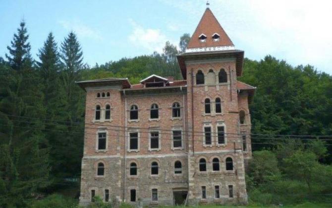 O clădire frumoase, parte a istoriei noastre