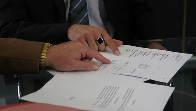 Vor trebui să semneze o declaratie pe propria răspundere