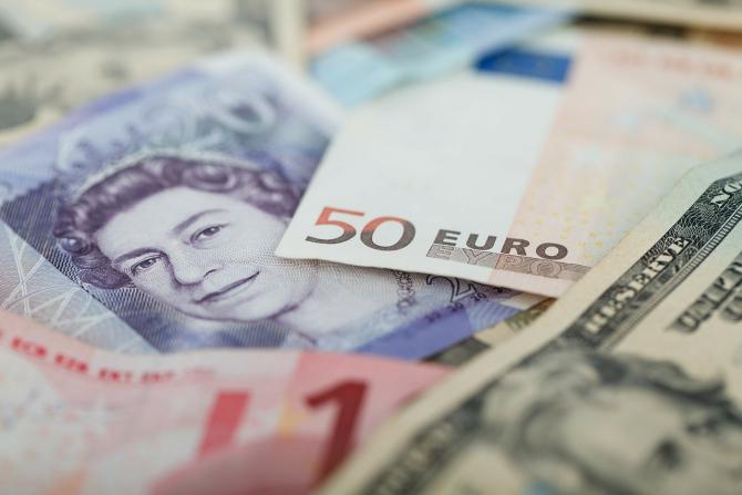 Ministrul britanic de Finanţe, Rishi Sunak, a actualizat estimările privind evoluţia economiei Regatului Unit în 2020