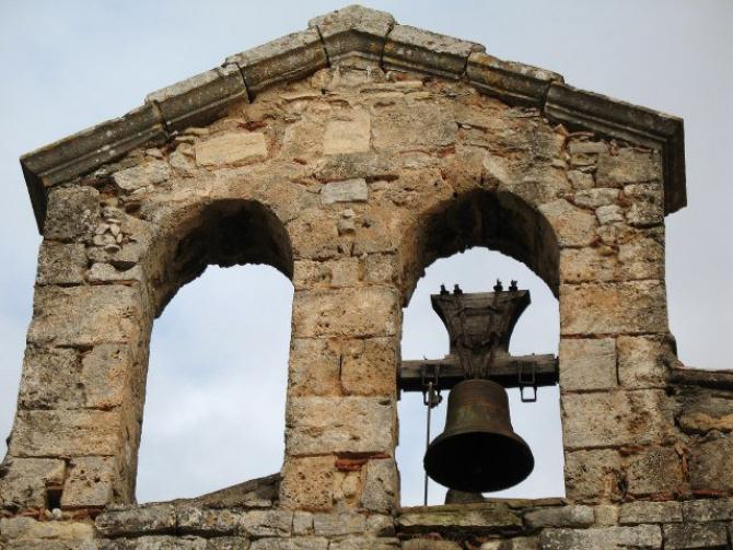 Se fură clopotele bisericilor din Franța. Ce spun autoritățile