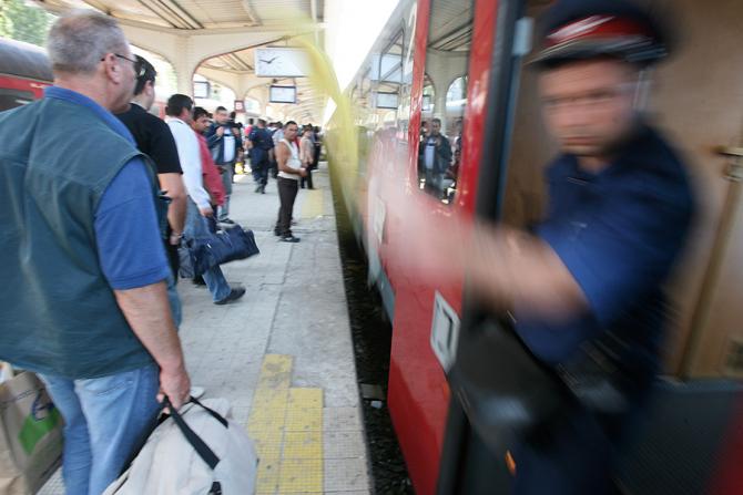 Transportatorii feroviari vor protesta timp de 4 săptămâni
