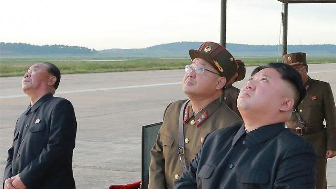 Liderul nord-coreean este mândru de inginerii săi