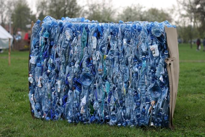 Covid-19: Acumularea de DEȘEURI de plastic preocupă Europa