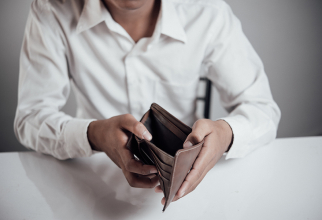 Popririle salariilor se fac în condiții reglementate de lege