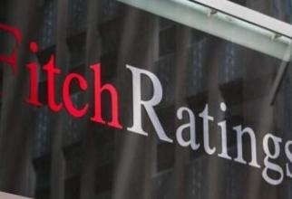 Experții Fitch sunt îngrijorați de incertitudinile politice