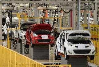 Mai multe fabrici nu mai pot funcționa din lipsa pieselor