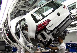 Volkswagen va opri producţia modelelor alimentate cu gaze naturale