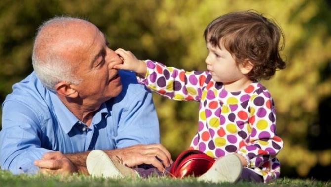 Nu toți bunicii s-ar putea bucura de acest ajutor