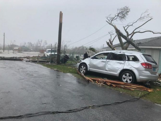 Marsh Harbour, lovit de uraganul Dorian