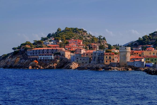 De ce multe sate din Italia te-ar plăti să te muți acolo