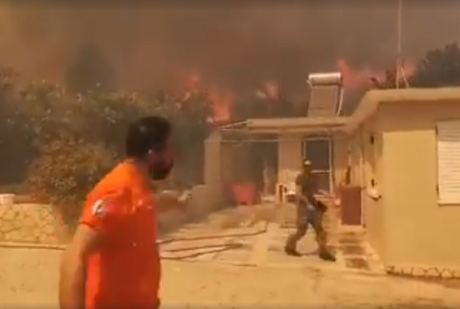 Incendii devastatoare in Zakinthos
