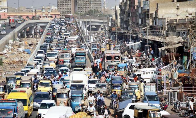 Karachi, unul dintre orașele cu cele mai proaste condiții