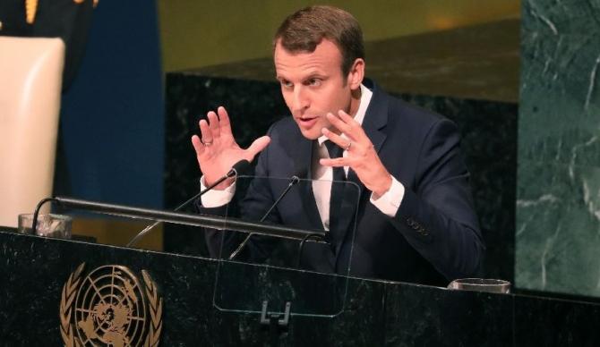 Emmanuel Macron vrea să-i convingă pe toți