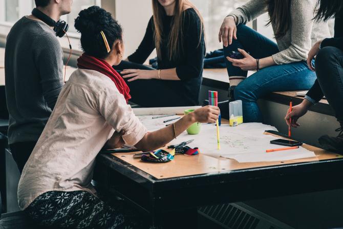 Un set de 10 competenţe care vor fi căutate în viitor pe piaţa muncii