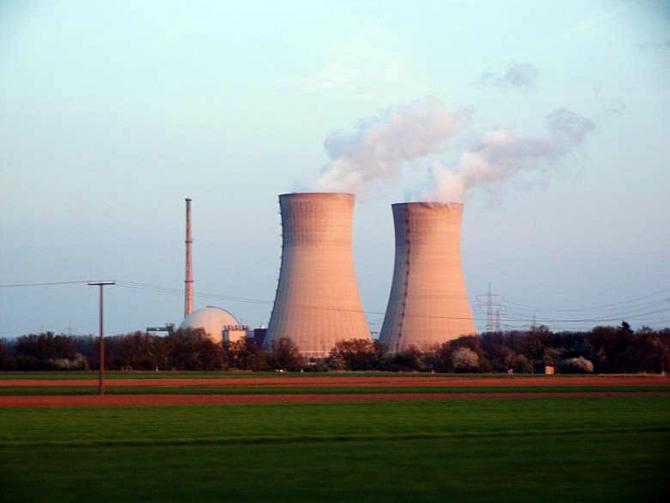 După un deceniu de pregătiri, Guvernul Poloniei ar putea finaliza în câteva luni discuţiile cu privire la finanţarea primei sale centrale nucleare
