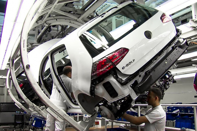 Auto: Volkswagen își SCHIMBĂ NUMELE