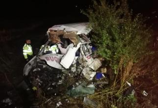 Accidentul s-a produs probabil pentru că șoferul unui TIR a adormit la volan