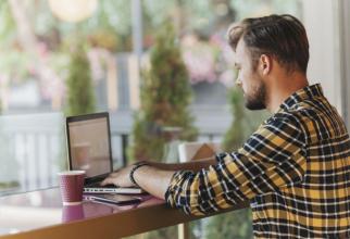 Un freelancer nu are un program stabilit