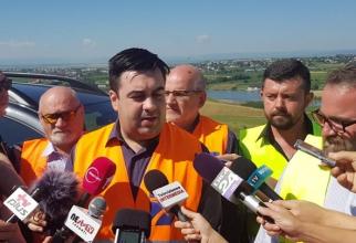 Sfatul ministrului Cuc: Stați mai mult pe șantiere