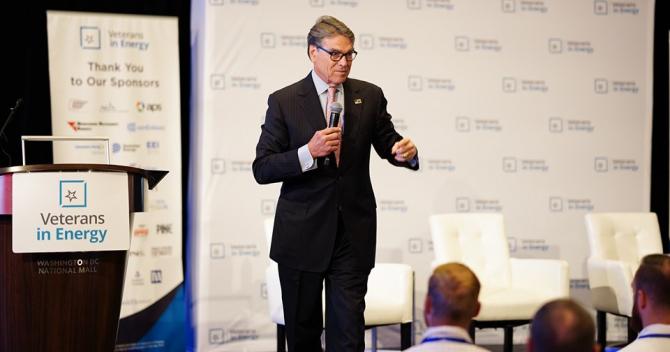 Ministrul american al energiei, Rick Perry