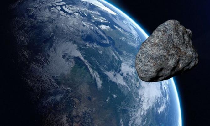 Asteroidul 2019 SX5 a trecut prin apropierea Pământului
