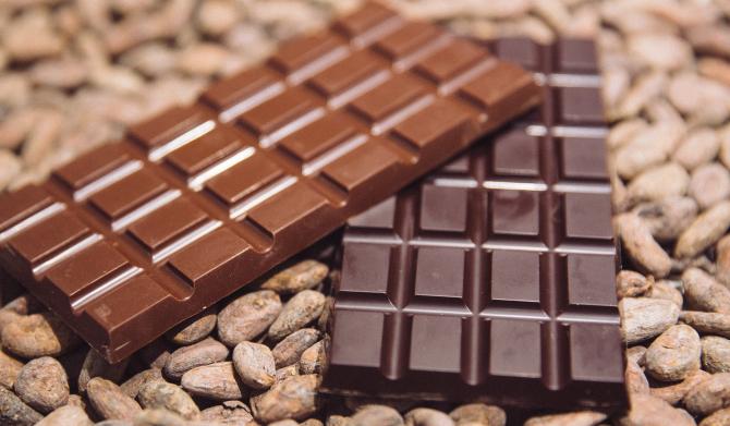 Vânzările de ciocolată elveţiană la PĂMÂNT