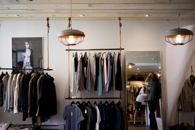 Casa de moda britanică Burberry Group Plc