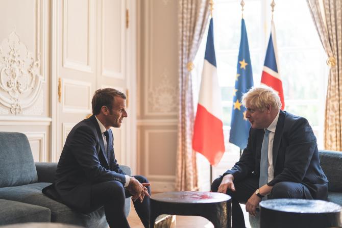 Emmanuel Macron și Boris Johnson