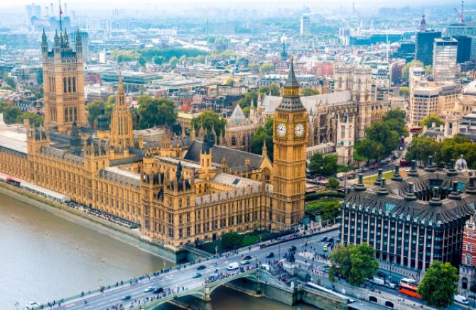 Ministerului de Finanţe de la Londra