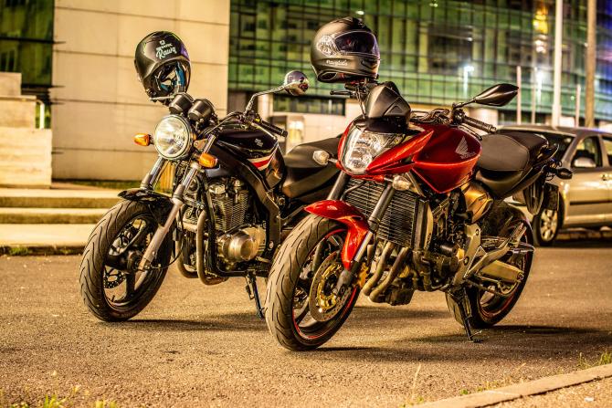 comerţul cu motociclete
