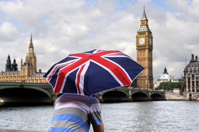 Parlamentul britanic urmează să-şi suspende activitatea pentru cel puţin patru săptămâni