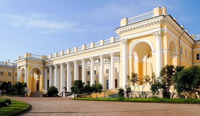 De aici ultimii Romanov au pornit pe drumul spre moarte
