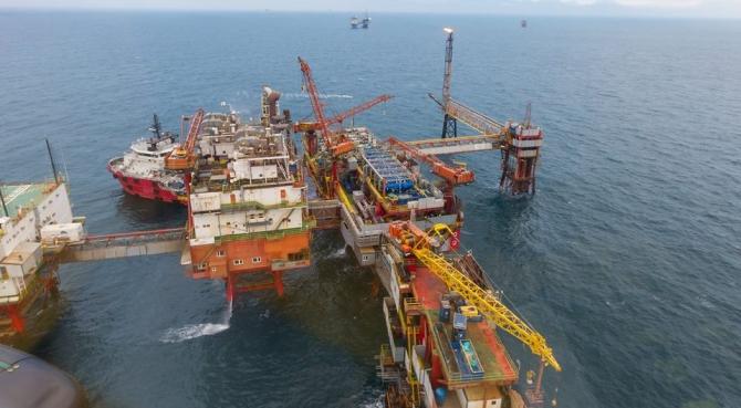 OMV Petrom a anunţat luni că este pregătită să accelereze o injecţie de miliarde de dolari într-un proiect energetic gigant din Marea Neagră