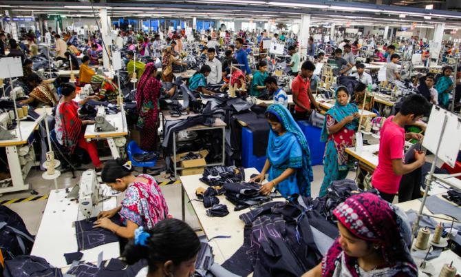 Fabricile din Bangladesh  nu respectă normele de securitate