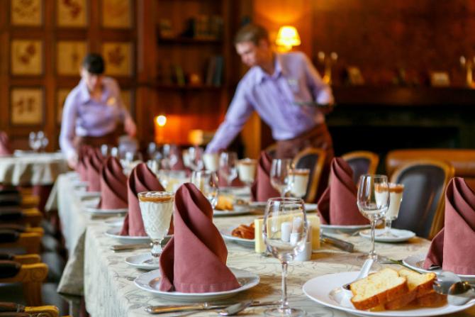 Deschiderea unui restaurant presupune un plan de afacere complex