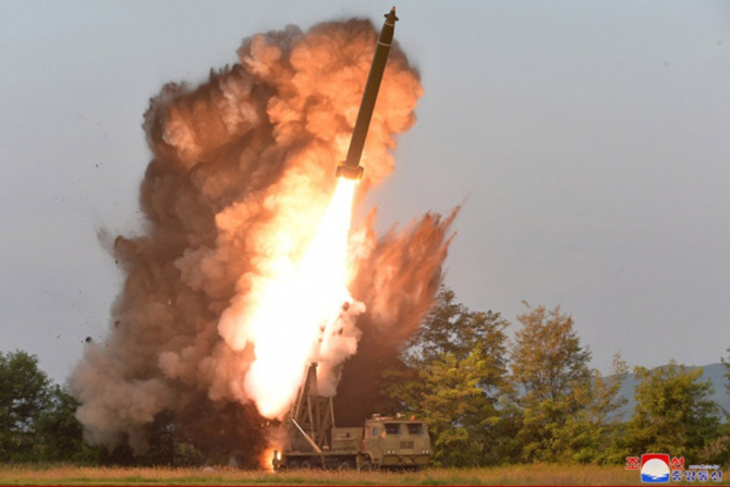 Rachetă balistică mare-sol (SLBM)