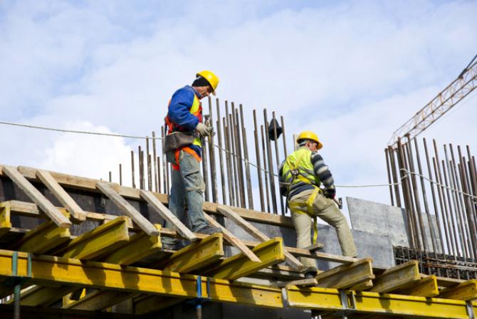Ministerul Muncii propune suplimentarea contingentului de lucrători străini