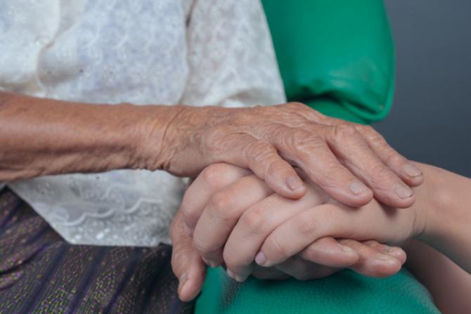 Persoanele care avuseseră un părinte cu demenţă au dezvoltat simptome