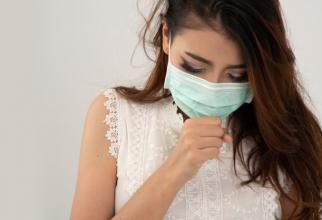 Noul act normativ prevede că lucrătorii expuşi la agenţi cancerigeni sau mutageni, la pulberi minerale pneumoconiogene vor beneficia de supravegherea stării de sănătate
