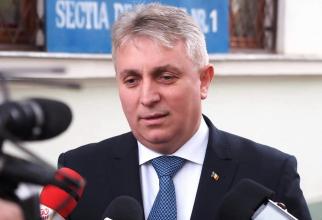 Ministrul Transporturilor, Infrastructurii şi Comunicaţiilor, Lucian Bode