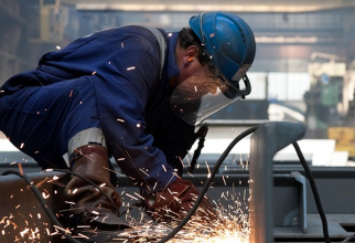 Lucrătorii români aflaţi la muncă pe teritoriul Germaniei pot solicita sprijin