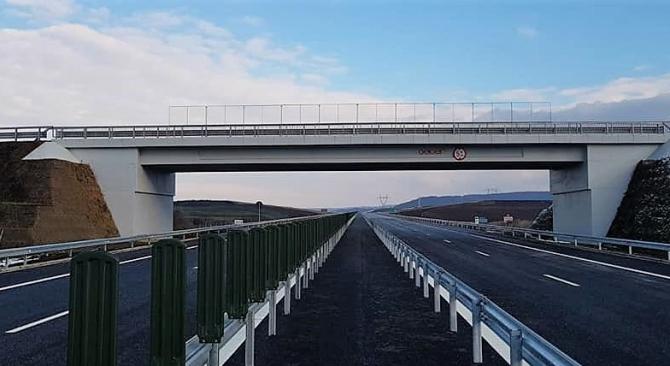 România așteaptă de 30 de ani terminarea autostrăzii care să lege țara de vestul Europei