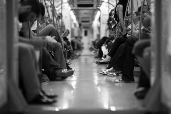 Traficul la metrou a scăzut cu 50% (90,331 milioane de pasageri, faţă de 179,17 milioane în 2019).