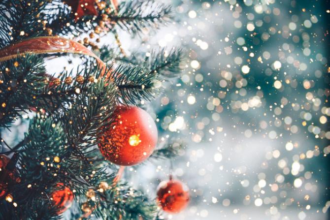 Se spune că în Ajun de Crăciun cerurile se deschid, dar această minune nu poate fi văzută decât de oamenii credincioși și buni la suflet.