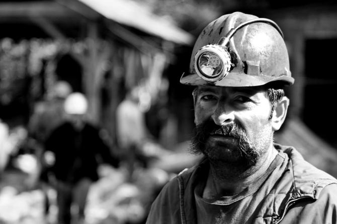 Noul Guvern va trebui să rezolve urgent situațiile delicate în care se află minerii dar și Complexul Energetic Hunedoara