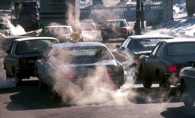 Nu cred că o taxă de poluare doar pentru automobile ar rezolva problema la nivel naţional