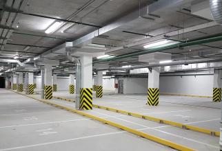 Este vorba despre două parcări
