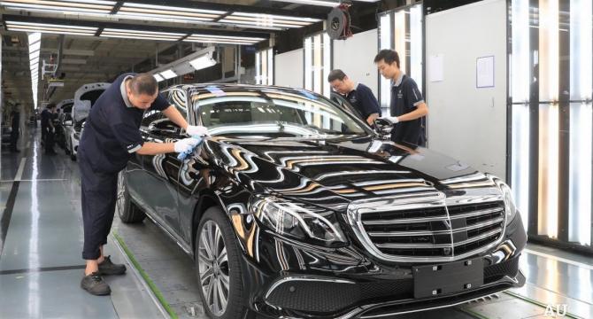 Anul 2019 pare a fi unul din cei mai dificili ani din istorie pentru muncitorii din industria auto
