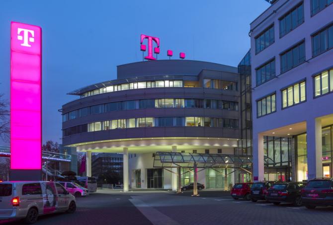 Preţurile serviciilor de telecomunicaţii oferite de Telekom în România vor fi majorate, începând cu data de 1 martie.