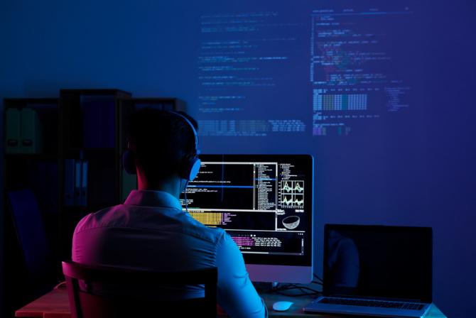 Hackerii au atacat un server neprotejat